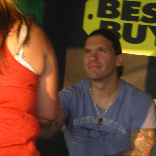 Brent smith at meet n greet 92312 official website of shinedown brent smith at meet n greet 92312 m4hsunfo